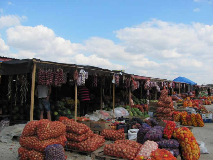 Vegetable markets by the road. On they from Odessa to #Sevastopol. #Ukraine