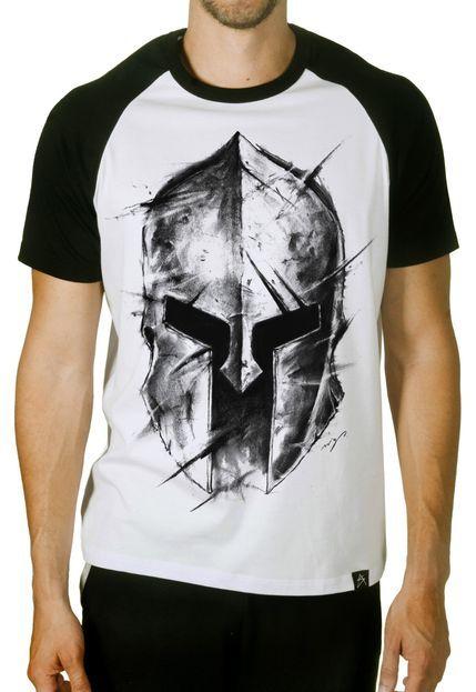 390ec6df6fb66 Camiseta Artseries Manga Curta Raglan Capacete Gladiador Sparta - Marca  Artseries