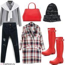 Уличный лук. Рваные джинсы, пальто и резиновые сапоги