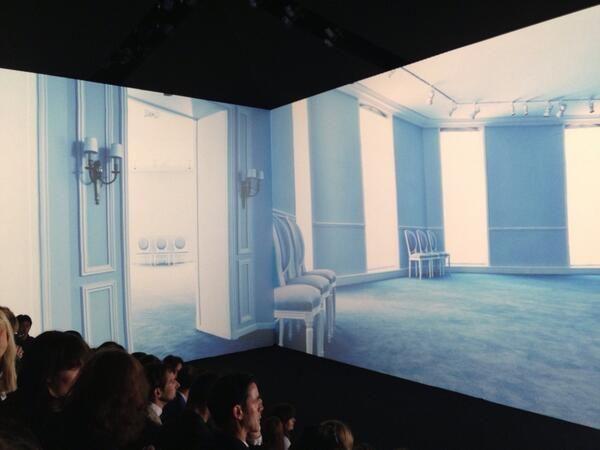 Le décor du défilé #Dior haute couture #PFW (à Jardin des Invalides)