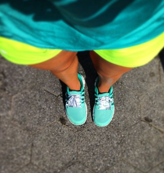 1ae0112e2a70 ... where to buy want this outfit nike free run hot punch nikes mint green  nikes neon