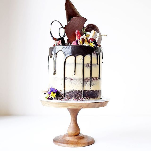White Chocolate Tier Cake Pintrest