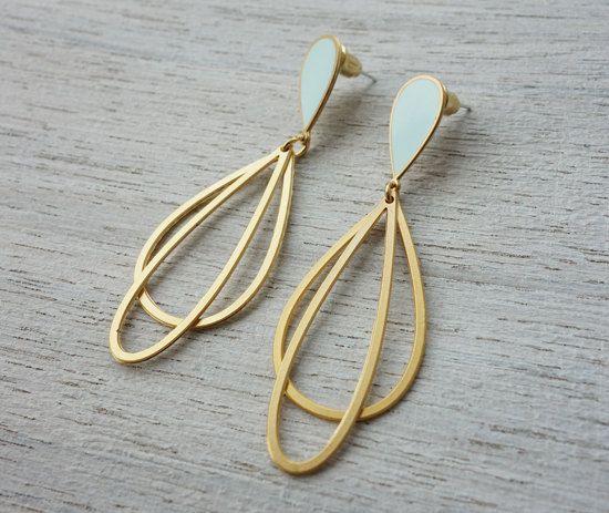 Small Ola Post Earrings, Scandinavian Design, Oval Enamel Resin Jewelry, Drop Shaped Earrings, Layered Earrings, Classic Jewelry