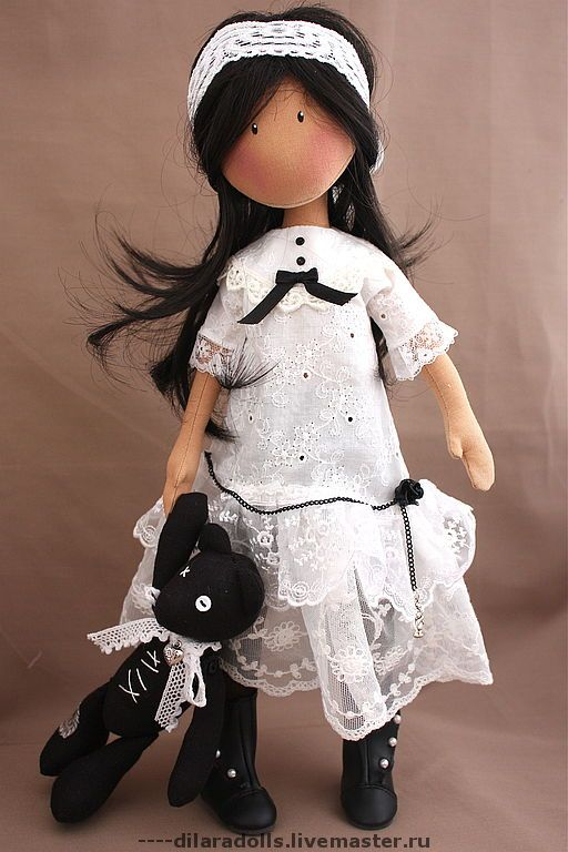 Handmade Doll http://cs2.livemaster.ru/foto/large/d773811699-kukly-igrushki-tekstilnaya-kukla-chloeprodana-n7971.jpg