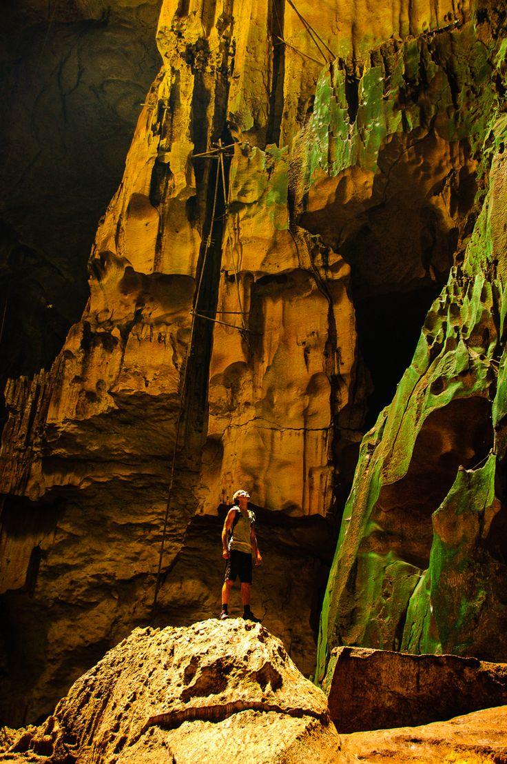 Niah caves sarawak borneo