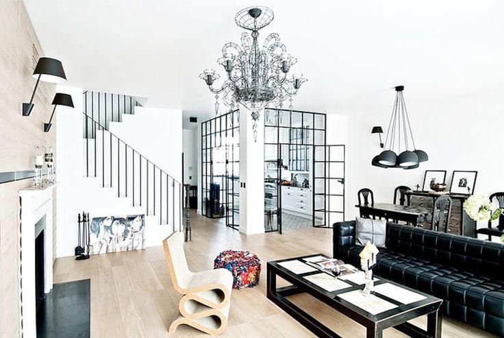 Black Lines Appartment by FJ Interior Design