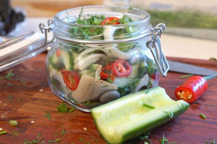 Inlagd sill med chili och gurka