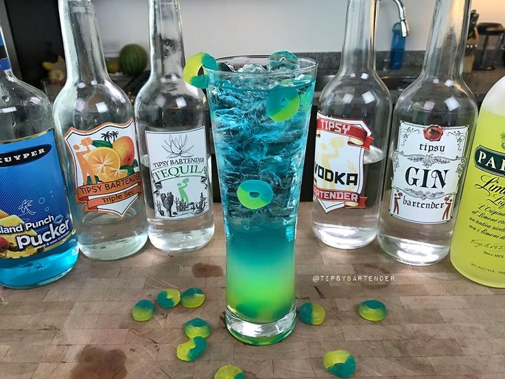 Life Saver Long Island Iced Tea - For more delicious recipes and drinks, visit us here: www.tipsybartender.com