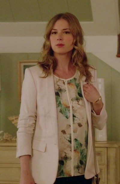 Emily Thorne in Revenge S04E21