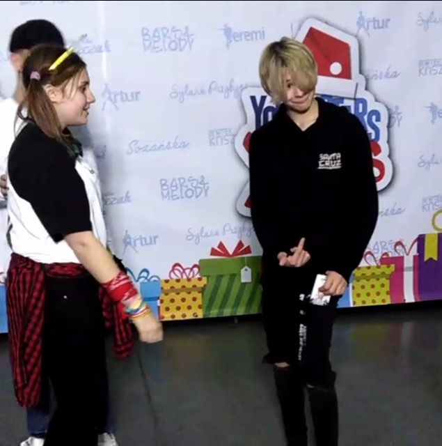 Leo..... what're you doing? -