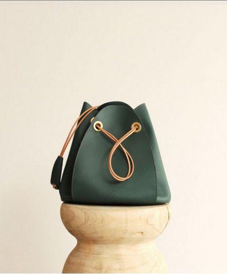 Love the flower petal shape. Khaki Handbag #COS #Minimal #Drawstring