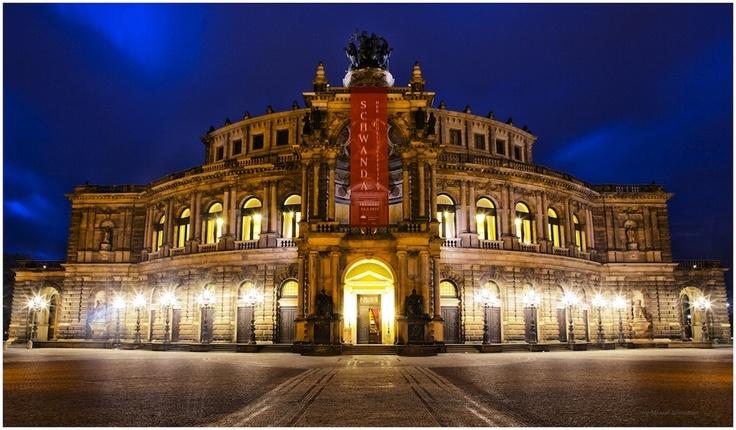 Semper Oper in Dresden, Germany