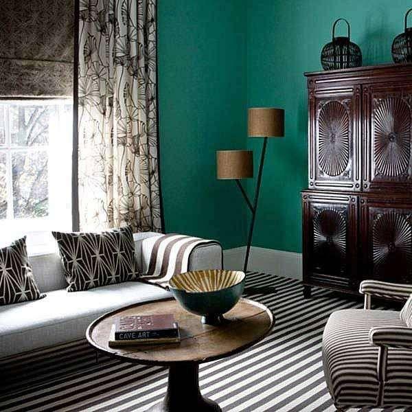 Abbinare divano alle pareti - Pareti verdi e divani neutri
