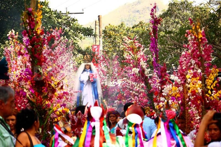 El Salvador festivities.