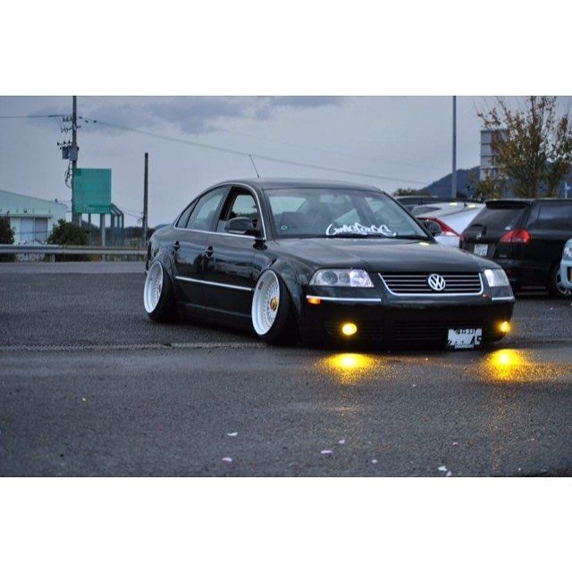 vw jetta wagon slammed with Passat on I30 tinypic   2wnmges besides Vw Scirocco R Slammed On Vossen Wheels Photo Gallery 59592 as well Watch in addition Klutch Wheels Sl1 Photos likewise 1995 Volkswagen Jetta Overview C5928.