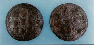 Hajfonatkorong pár (Sárbogárd - Tringer-tanya, 24. sír) - Hagyomány és múltidéző