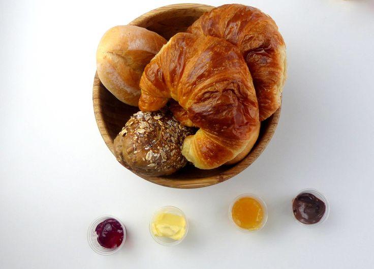 Frühstück bestellen bei EarlyTaste in Köln. Wie es geschmeckt hat, lest ihr auf meinem Blog.  #Lieferservice #Lieferung #Frühstück #Breakfast #Köln #Cologne #gesund #fit #lecker #Brot #Brötchen #Brotkorb