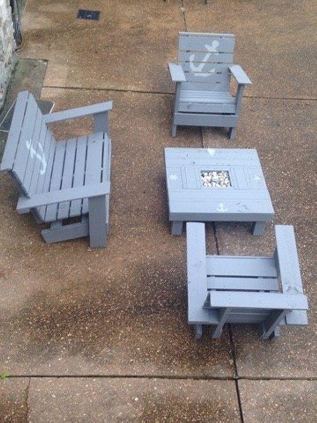 Wooden Pallet Patio Furniture Set  #palletpatiofurniture #palletoutdoorfurniture #palletfurniture #palletpatios #palletfurnitureprojects