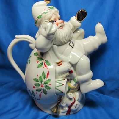 1000 Images About Teapots 2 On Pinterest Ceramics Tea
