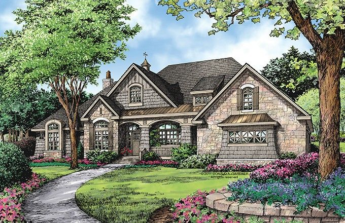 European House Plan with 2812 Square Feet and 4 Bedrooms from Dream Home Source | House Plan Code DHSW076094