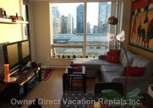 Stylish 2-bedroom in Yaletown with great views, location and layout