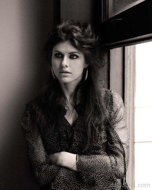 Glamorous Alexandra Daddario