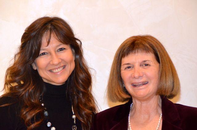 Il marito di Alicia Giménez-Bartlett, la scrittrice di gialli più amata dagli italiani, ci ha scattato questa foto dopo la nostra chiacchierata. Un bel ricordo!  http://www.leultime20.it/alicia-gimenez-bartlett-la-giallista-piu-amata-dagli-italiani/
