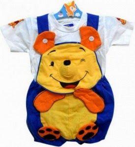 Memilih baju untuk bayi harus yang nyaman. Baik bahan, ukuran maupun modelnya. Dan sesuaikan dengan berat badannya, karena usia belum tentu ...