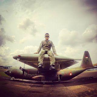 POLISI TNI GANTENG: TNI Ganteng Dan Pesawat Hercules