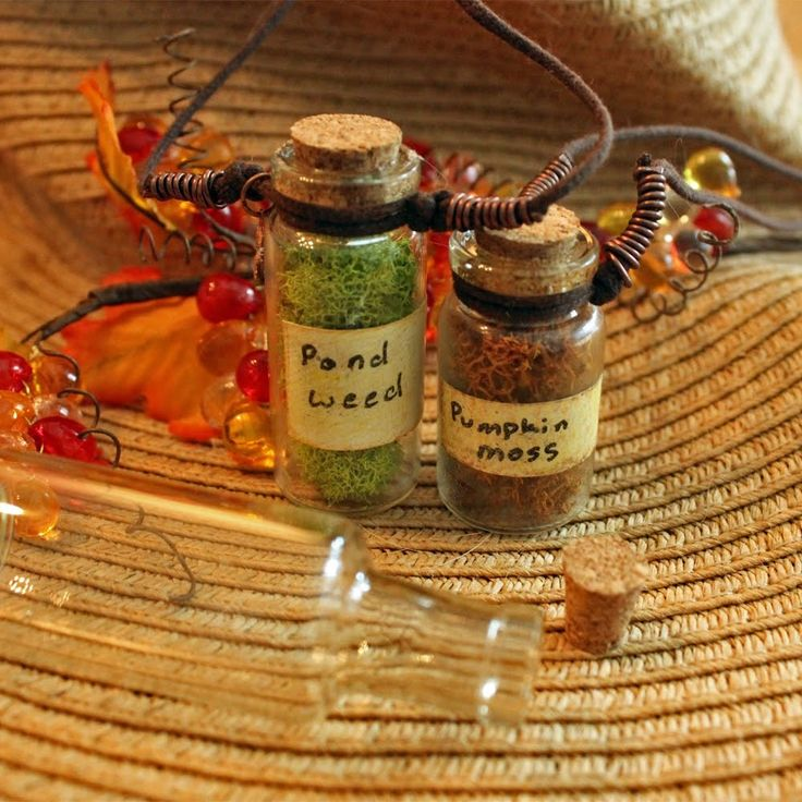 Halloween Pond Weed Bottle Pendant Necklace Jewelry Tutorial