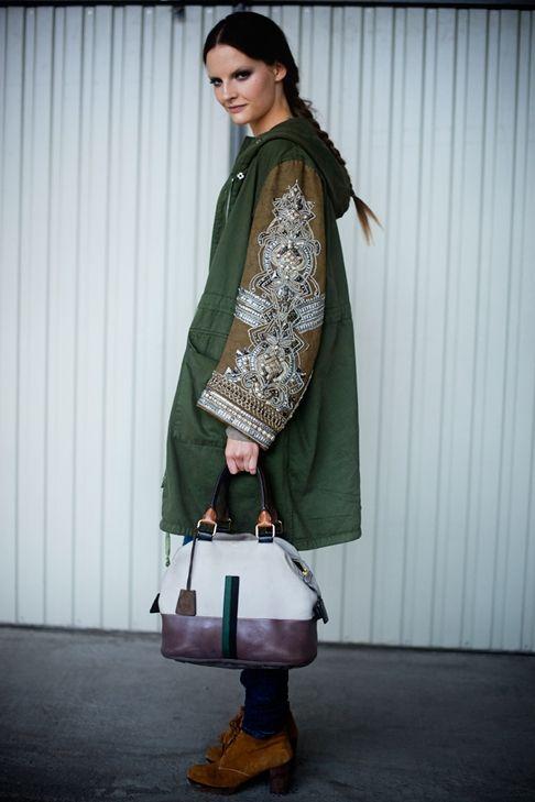 Хаки куртка-пальто с вышитыми рукавами / Курточные переделки / модный сайт Вторая улица - «I see it, I like it, I make it!»