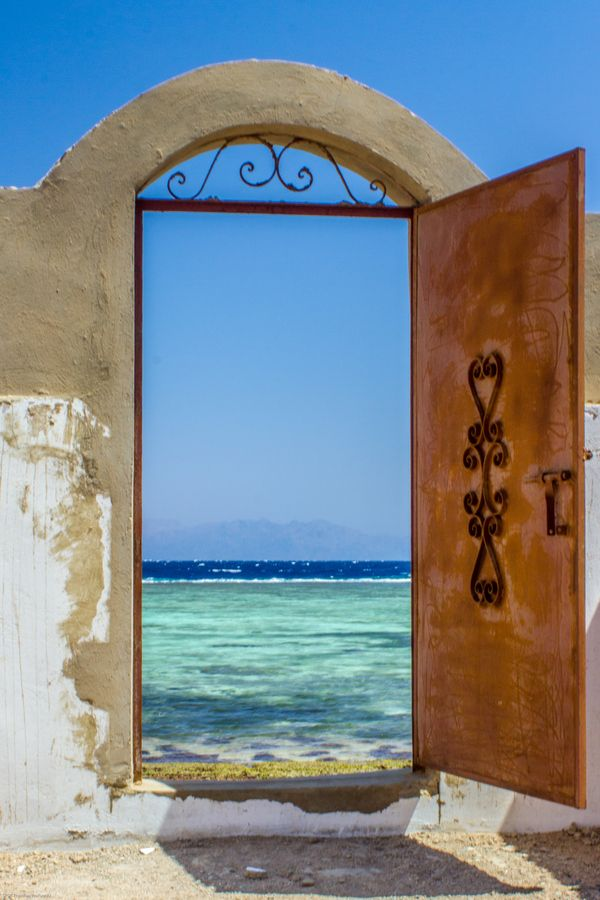 Gateway to the sea, Dahab, Egypt » This is my kind of door.