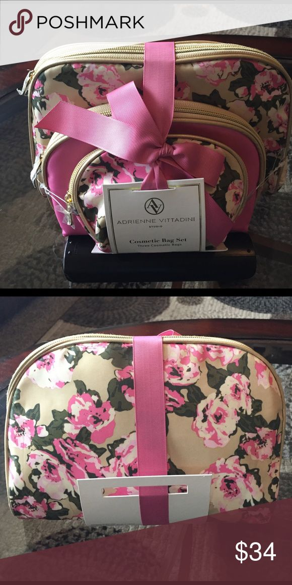 🌺NEW! ADRIENNE VITTADINI COSMETIC BAG SET OF 3 🌺 🌺NEW! ADRIENNE VITTADINI COSMETIC BAG SET OF 3 🌺NEVER USED! EXCELLENT NEW CONDITION!! Adrienne Vittadini Bags Cosmetic Bags & Cases