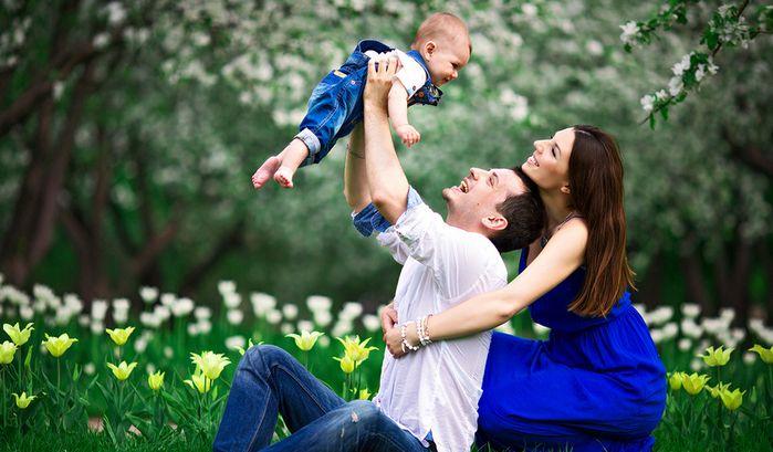 Идеи семейных фотосессий: в студии и на природе, осенью и ...