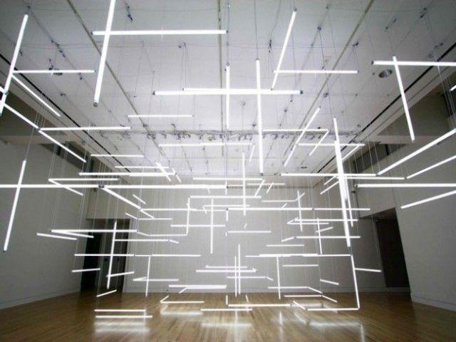 Enthralling Installation Composed of 200 Suspended Fluorescent Tubes – Fubiz™