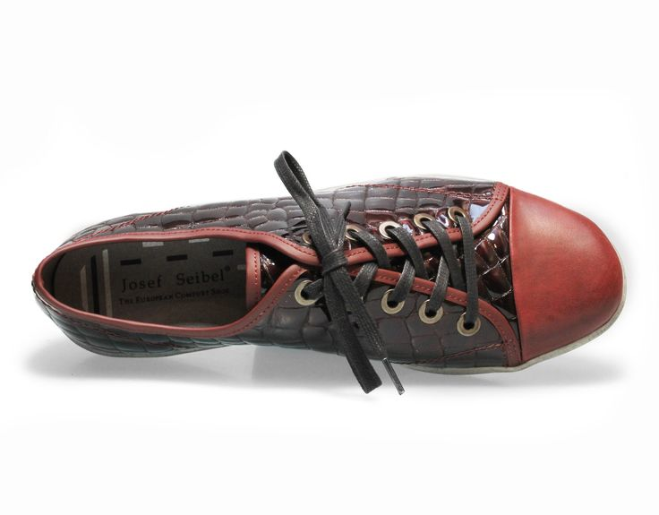 Josef Seibel women's Dany 40. Croc-print fashion sneakers.