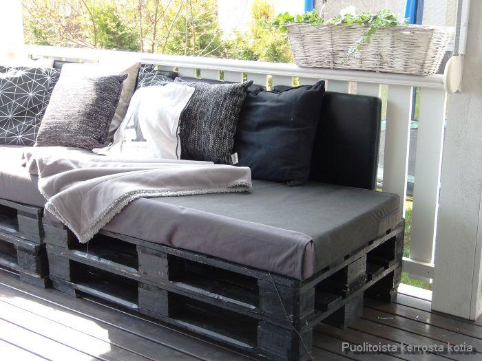 Sofa made of pallets Lavasohva DIY