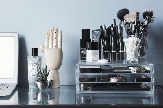10 dicas para organizar maquiagens