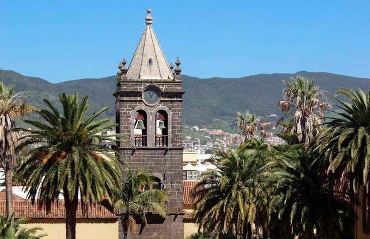 De Excursión a San Cristóbal de La Laguna en Tenerife, una ciudad magnífica, declarada Patrimonio de la Humanidad por su valor cultural e histórico, belleza de su arquitectura y sus paisajes......http://www.crucerista.net/tenerife/que-ver-en-tenerife/excursion-a-san-cristobal-de-la-laguna-en-tenerife