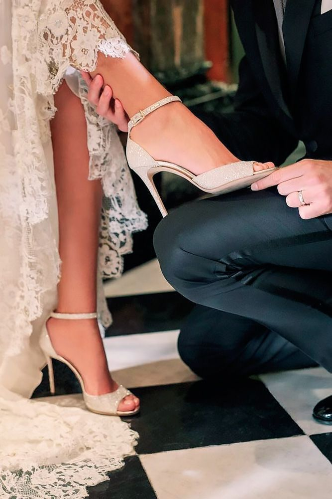 Jimmy Choo Annie Champaign Glitter Elegante bryllupssko  Elegant wedding shoes
