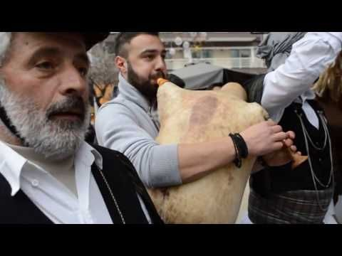 Mωμόγεροι Πρωτοχωρίου Θεσσαλονίκη 2016 Παρ. Πρωτοχρονιάς - YouTube