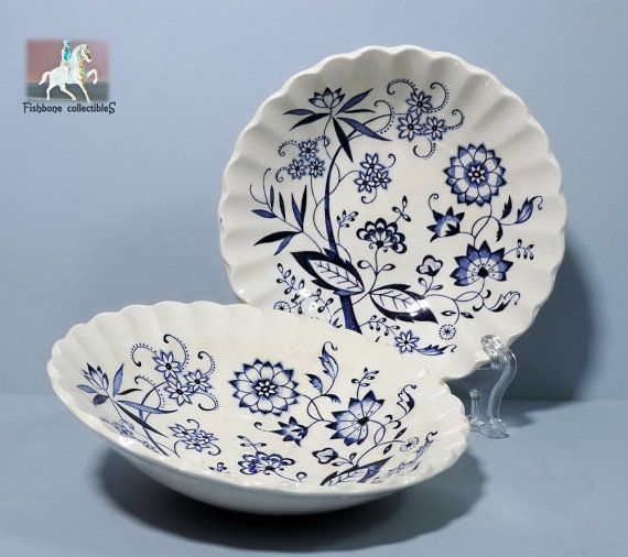 Meakin,J&G Blue Nordic 5in Scalloped Fruit Dessert Bowl Classic White Staffordshire Blue Onion c. 1964-1970 Replacement China Price Reduced 84 kr