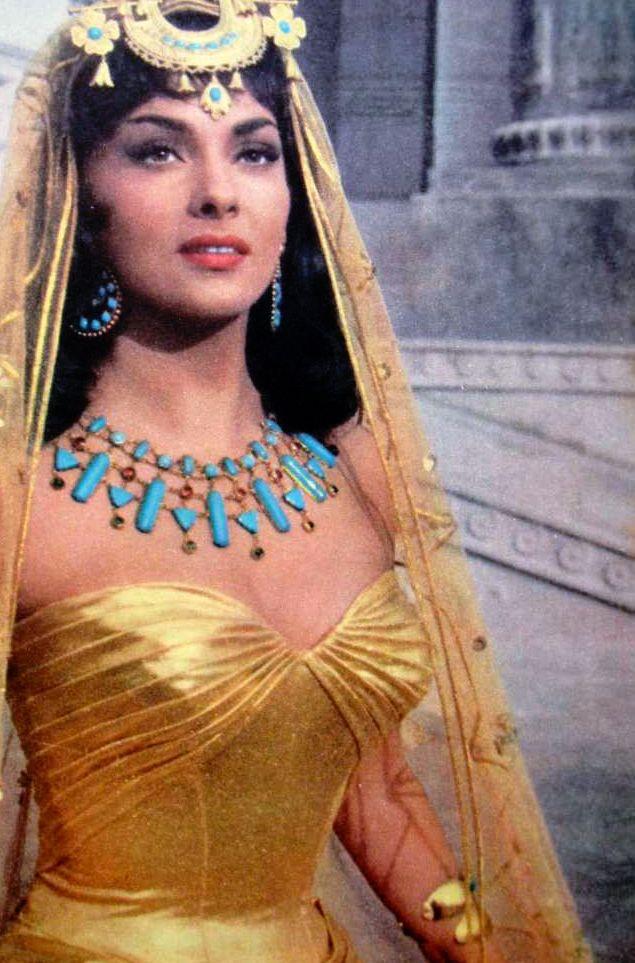"""Gina Lollobrigida as the Queen of Sheba in """"Solomon and Sheba"""" 1959"""