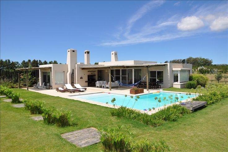 73 best images about casas campo on pinterest san miguel for Modelos de casas de campo con piscina