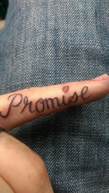 "Tattoo finguer ""promise"""