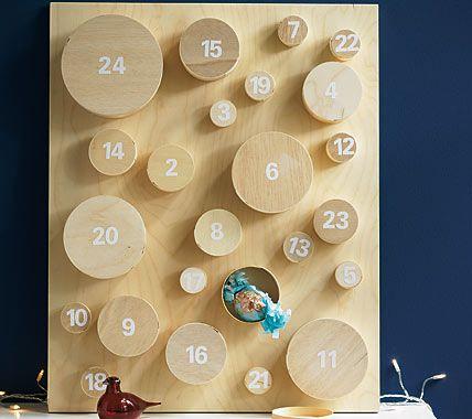 Prall gefüllte Schachteln - Adventskalender basteln 12