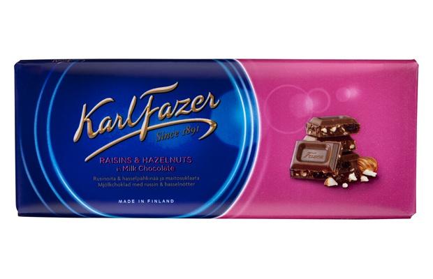 Karl Fazer Pähkinä-Rusina 200g suklaalevy Maitosuklaata, hasselpähkinää ja rusinaa.