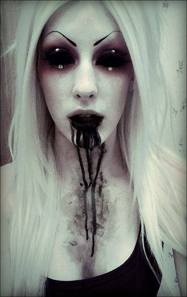 50 Best And Scariest Halloween Makeup Ideas To Look Horrifying