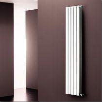 Vertikaler Warmwasser Heizkörper Aus Aluminium ETA K8 Radiatori