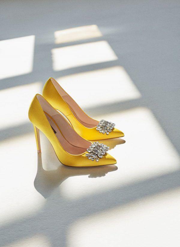 Sapatos de noiva de cetim: que cores bonitas!